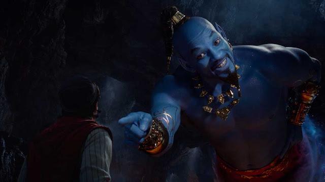 ويل سميث في دور الجني الأزرق يظهر بشكل غريب وغير متوقع في آخر مشاهد فيلم Aladdin الجديد