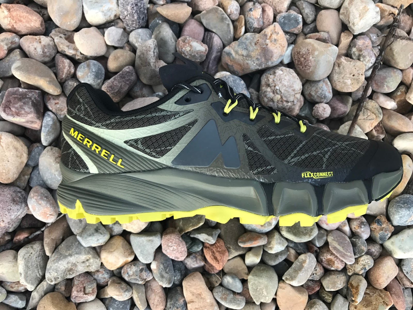 Road Trail Run  Merrell Agility Peak Flex Review  Serious Mountain ... b5b797dbd40