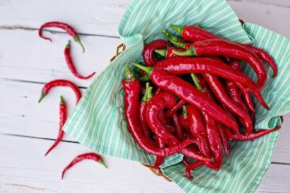 3 Health Benefits of Cayenne Pepper (It's more than spice)