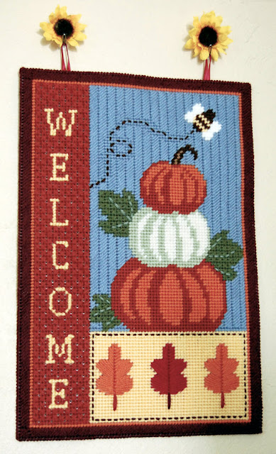 https://www.etsy.com/listing/484431379/pattern-fall-welcome-wall-hanging-in