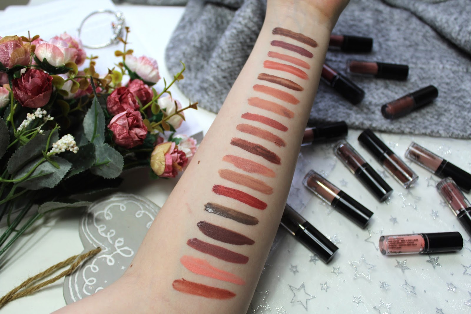 NYX PROFESSIONAL MAKEUP Lingerie Vault  issybellefox review