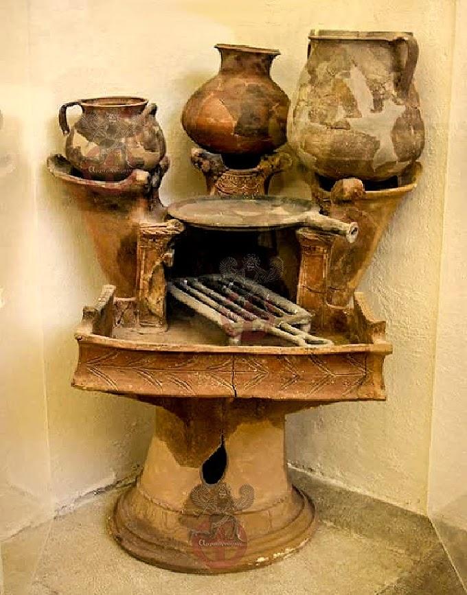 Μία αυθεντική ελληνική εστία ....(κουζίνα)