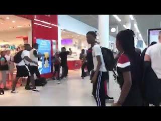 Vidéo : Booba et Kaaris se battent à l'aéroport d'Orly