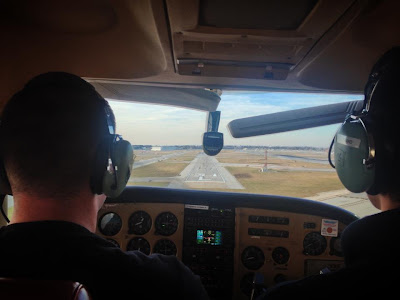 Joe Burlas Landing a Cessna 182 Skylane RG at Midway Airport in Chicago Illinois