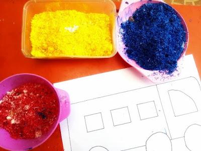 mengenalkan anak warna dengan cara bermain