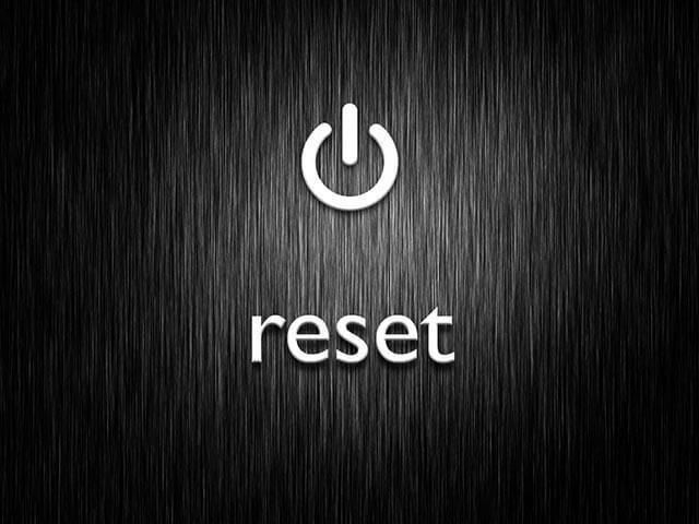 لماذا تحتاج ان تعرف الفرق بين Reboot و Reset ؟ الإجابة هنا