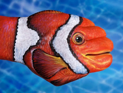 Amazing Hand Paintings by Guido Daniele Seen On www.coolpicturegallery.us