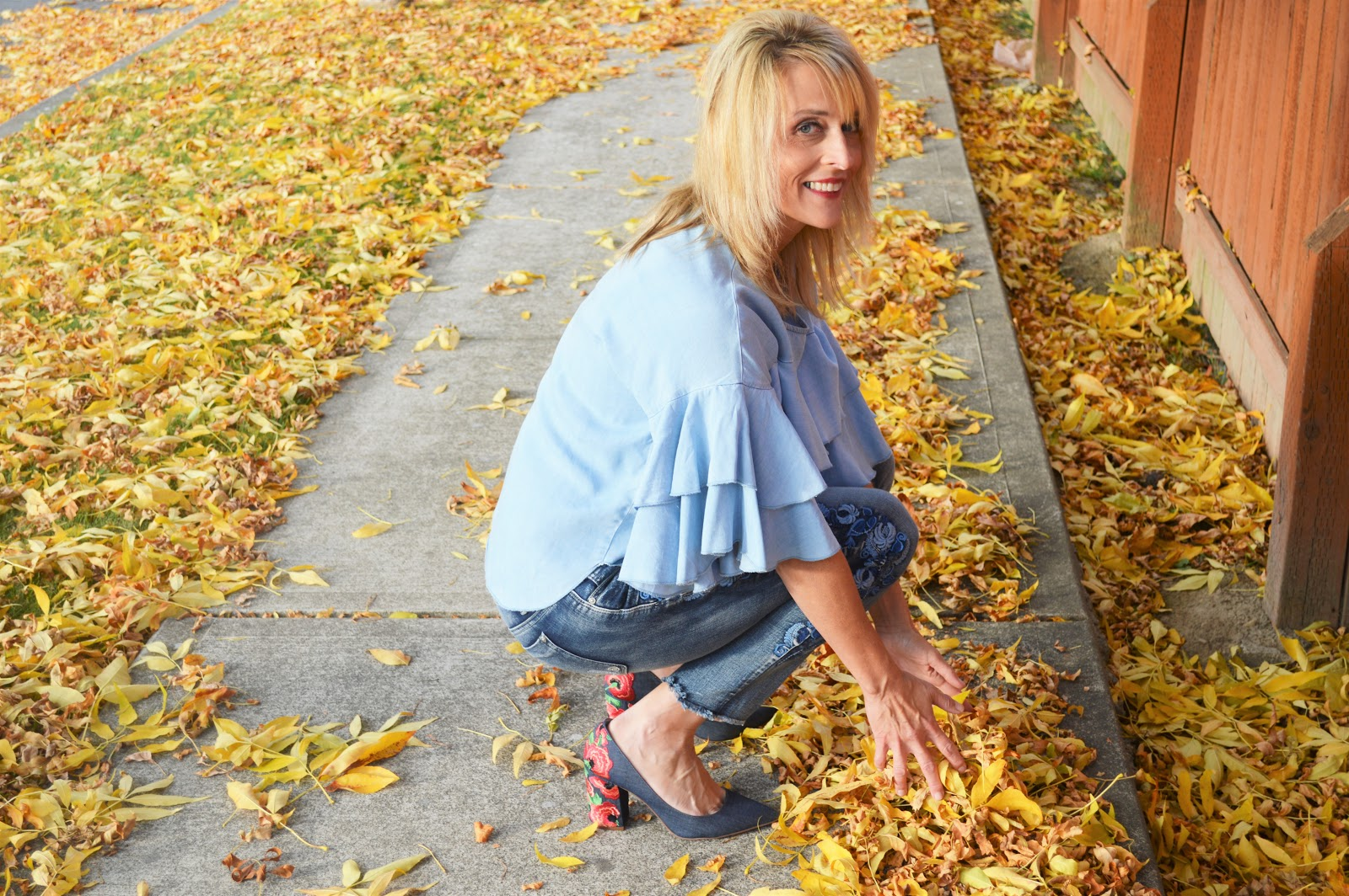 a13e5203ae313 Fall Trends To Try  Ruffled Sleeves   Embroidery