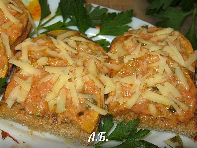 бутерброды с жареным кабачком