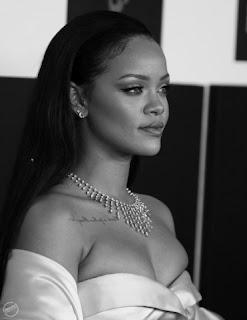 ISADAMI dan Rihanna Resimleri