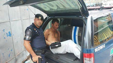 ROMU e ROMO de Santo André detém traficante na favela do Peralta