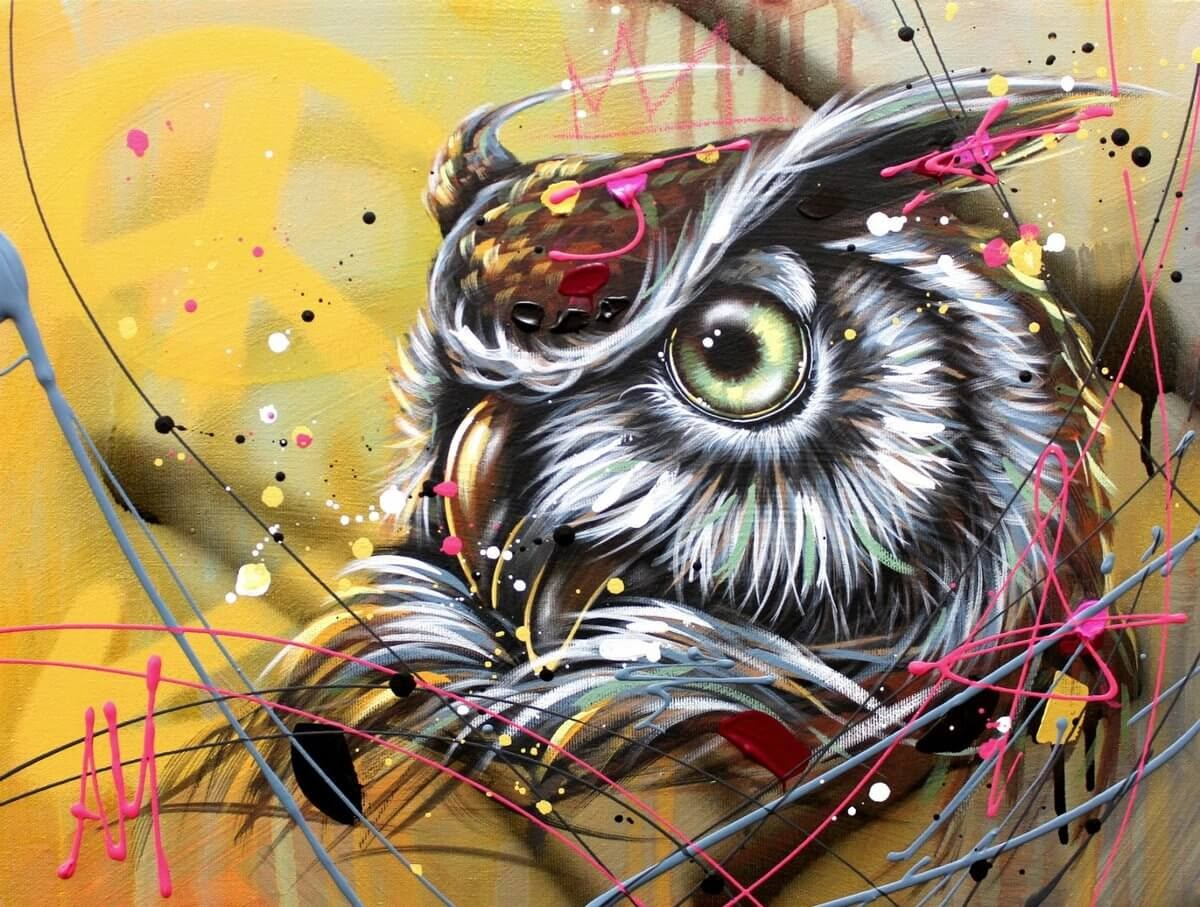 02-Owl-Andrea-Marqui-Bright-Paintings-of-Animal-Portraits-www-designstack-co