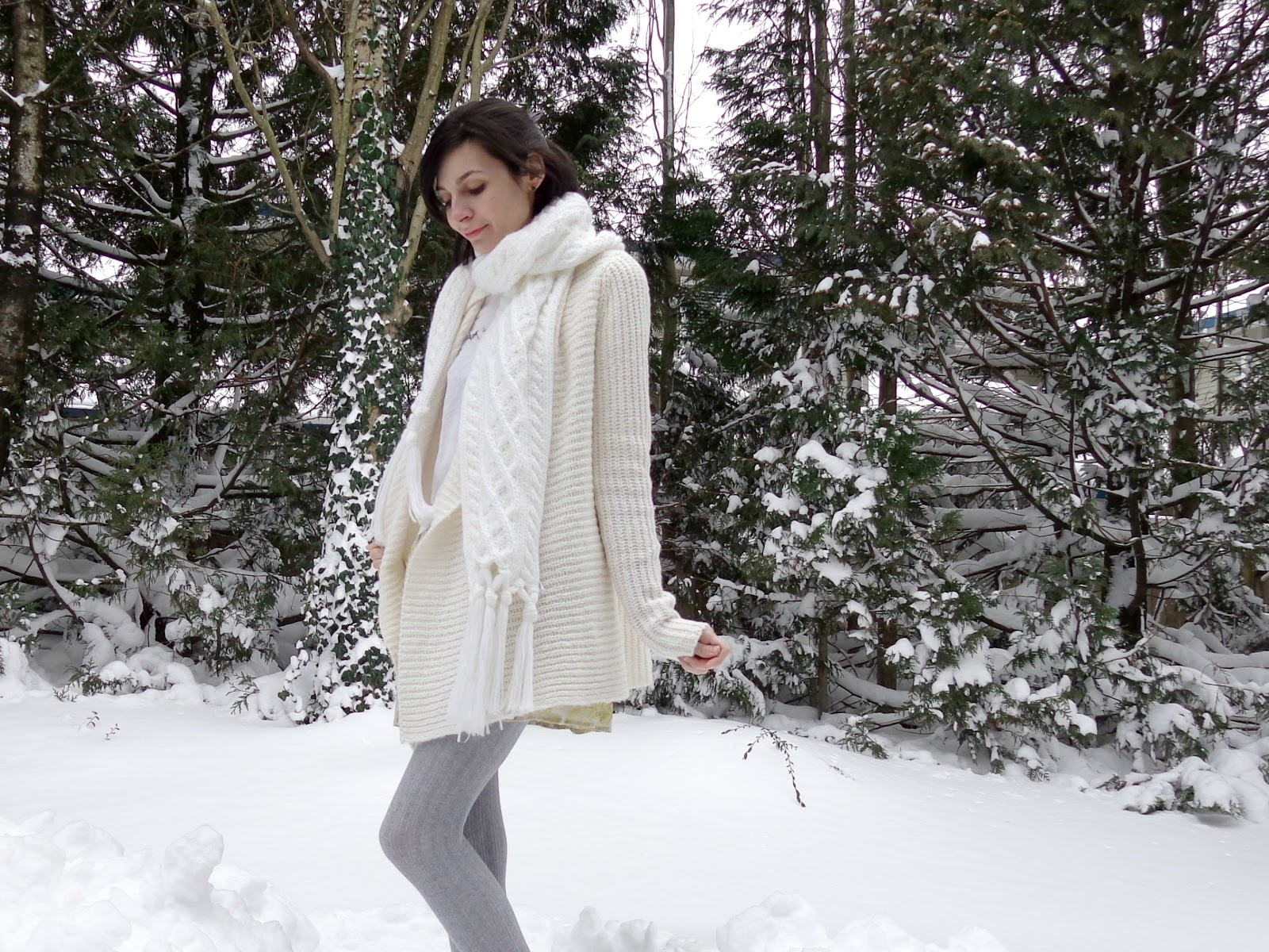 Casual Winter Skirt Outfit