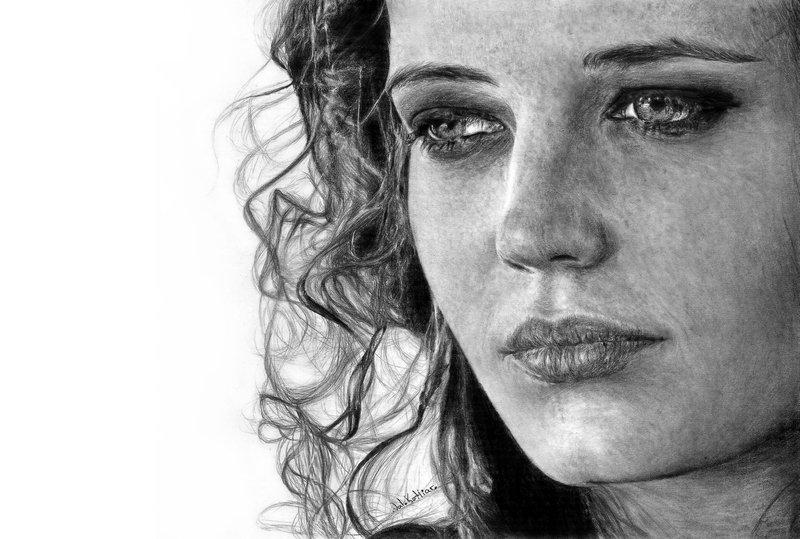 05-Eva-Green-Valerie-Kotliar-Celebrities-and-Unknown-Immortalised-in-Realistic-Drawings-www-designstack-co