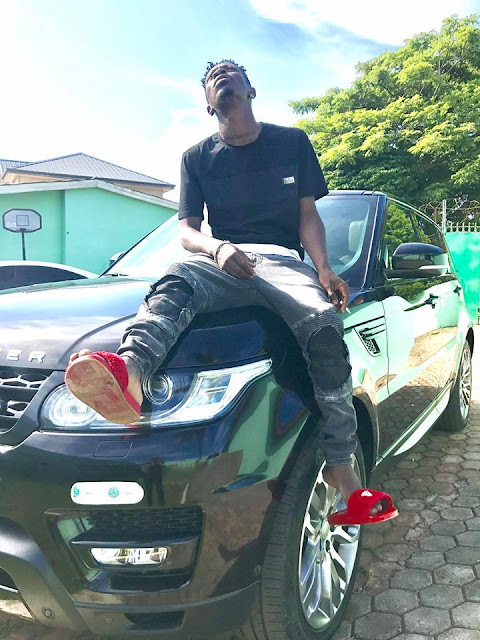 SHATTA WALE BUYS A NEW CUSTOMIZED 2017 RANGE ROVER – SEE PHOTOS AND VIDEO-holykey1.com