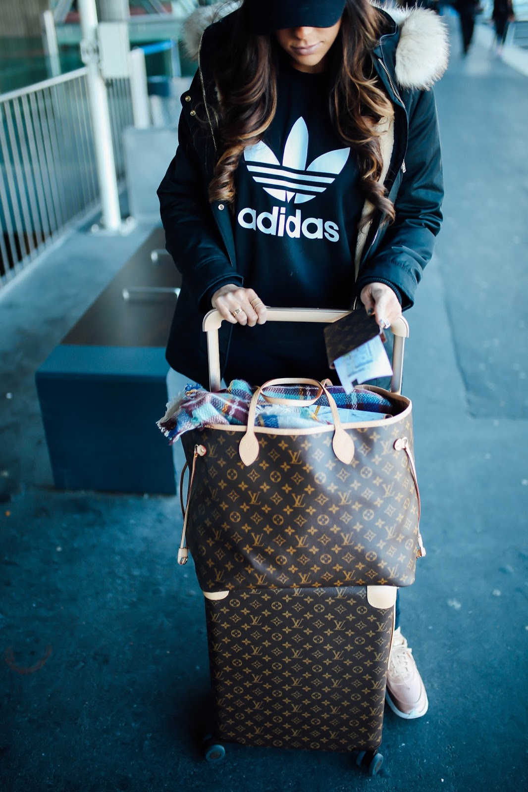a4c40cbd0c3 What I Wore Traveling Home From Paris + 10 Tips For Long Flights ...