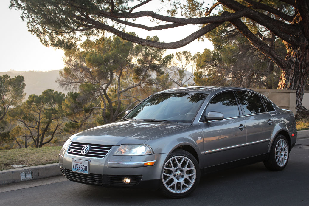 daily turismo 4motion 6 speed 2003 volkswagen passat w8 b5 5. Black Bedroom Furniture Sets. Home Design Ideas