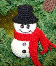 http://com.yarnspirations.pattern-pdfs.s3.amazonaws.com/Patons_KWweb7_kncr_ornaments.en_US.pdf