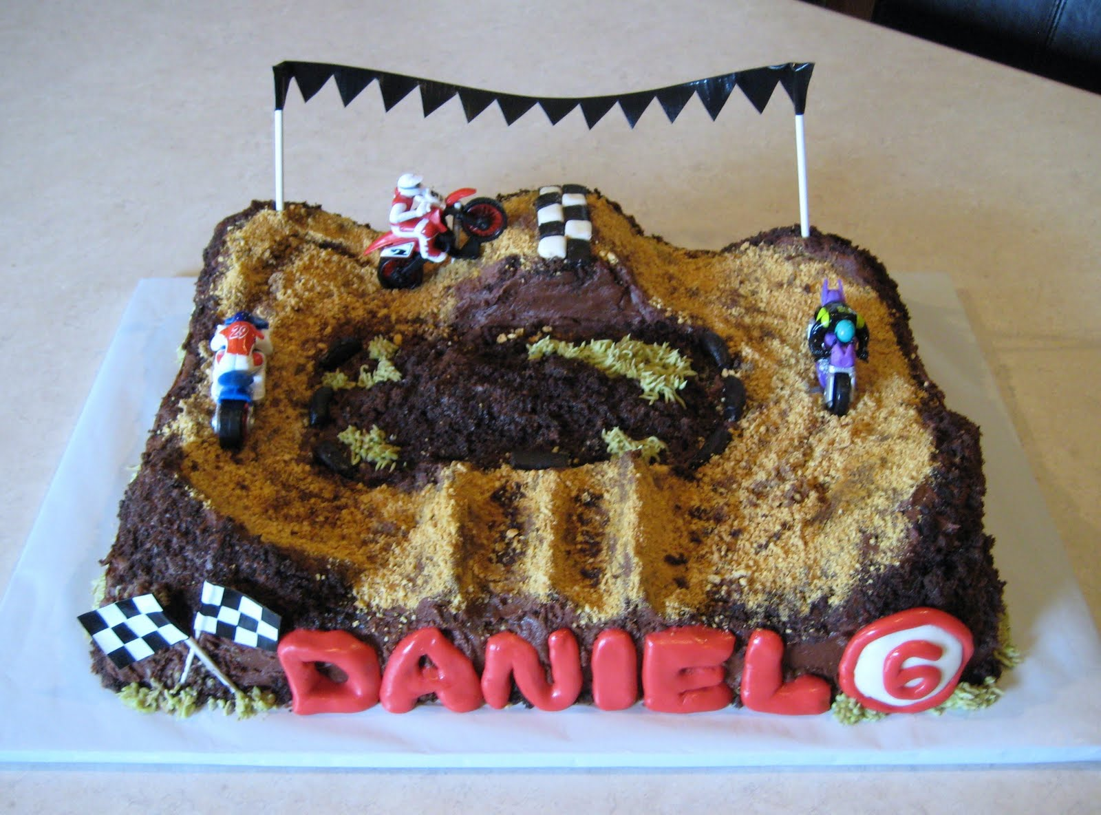Images Of Motocross Cakes