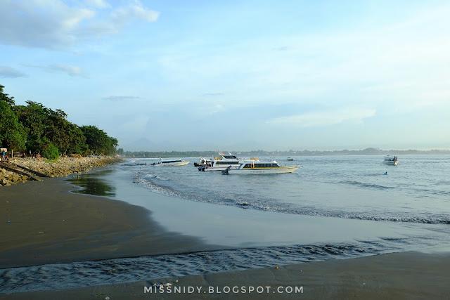dermaga penyebrangan ke nusa penida dan nusa lembongan di pantai sanur