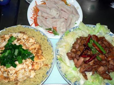 夕食の献立 献立レシピ 飽きない献立 鶏肉の炒め物 汁なし麻婆 水餃子