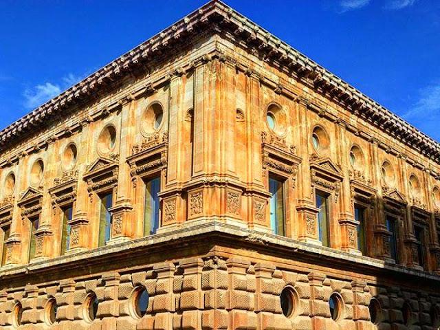 Carlos V Palace - La Alhambra