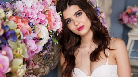 Beautiful Girl Portrait. Fashion and Make-up
