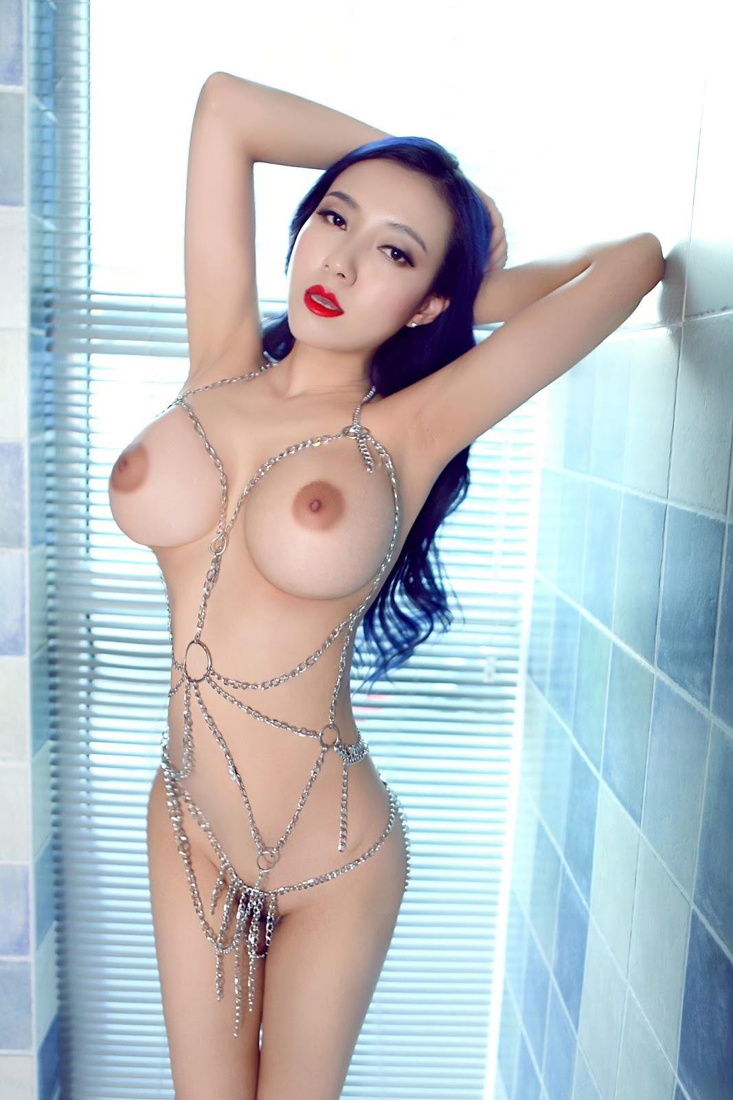 KPxfh8JaewM - Big tits chinese model song gue er hottes