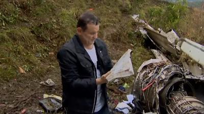 Cabrini encontra bíblia do zagueiro Neto nos destroços do avião da Chape