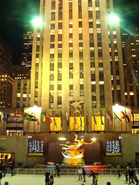PRAÇA PRINCIPAL DO ROCKEFELLER CENTER