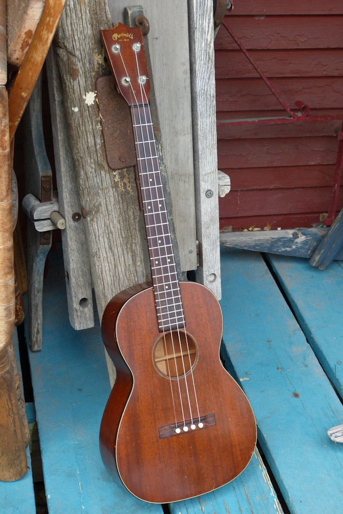 1960s martin baritone ukulele. Black Bedroom Furniture Sets. Home Design Ideas