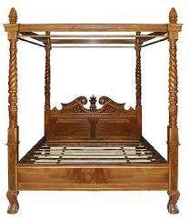 tempat tidur kanopi ukir