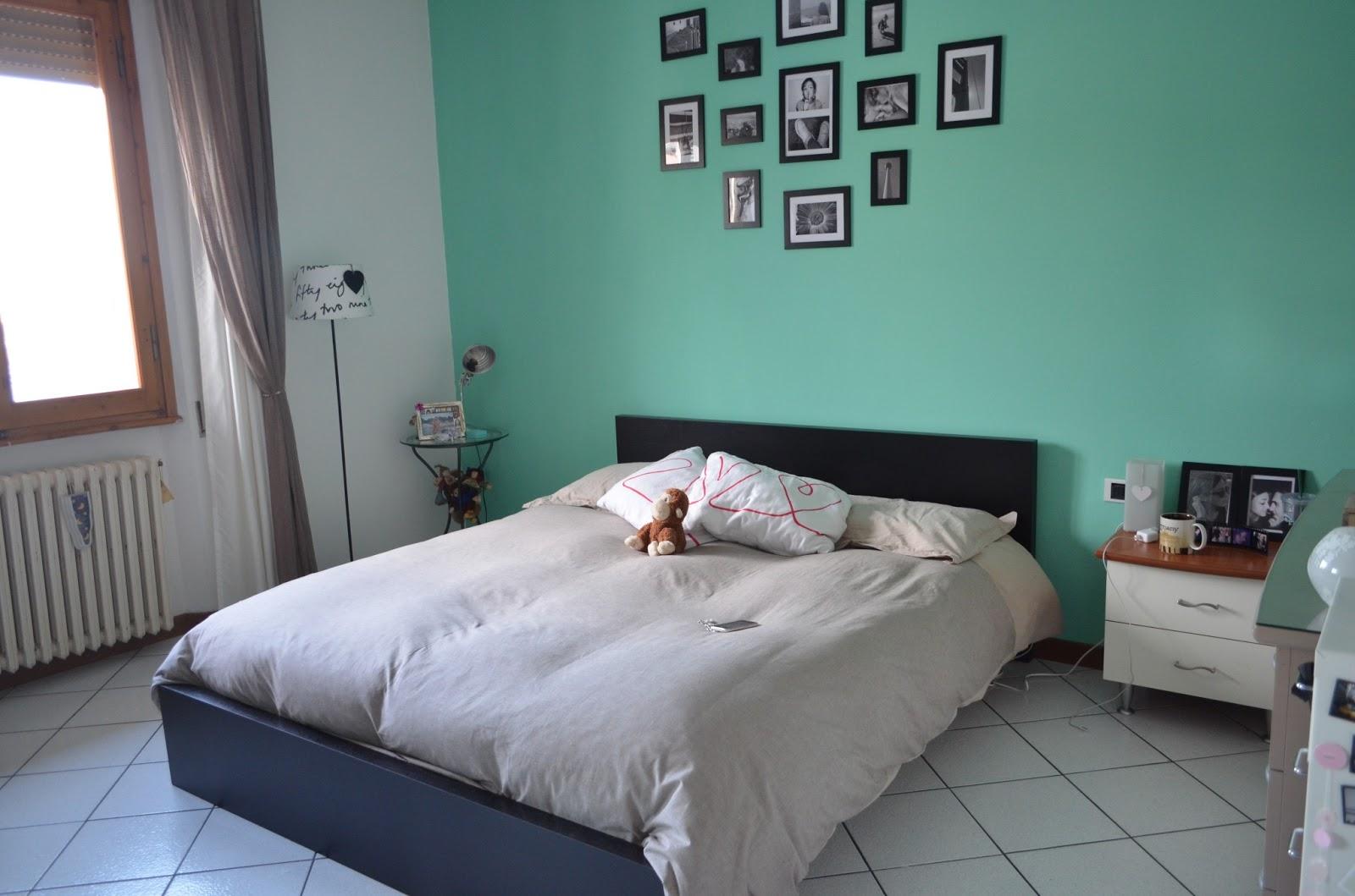 Camera Da Letto Colore Argento : Camera da letto parete argento gres effetto legno posa esterno
