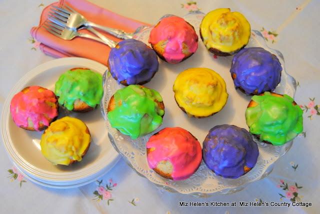 Glazed Donut Muffins from Miz Helen's Kitchen at Miz Helen's Country Cottage
