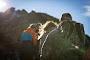 11 Perlengkapan/Persiapan Sebelum Mendaki Gunung | Wisatawan