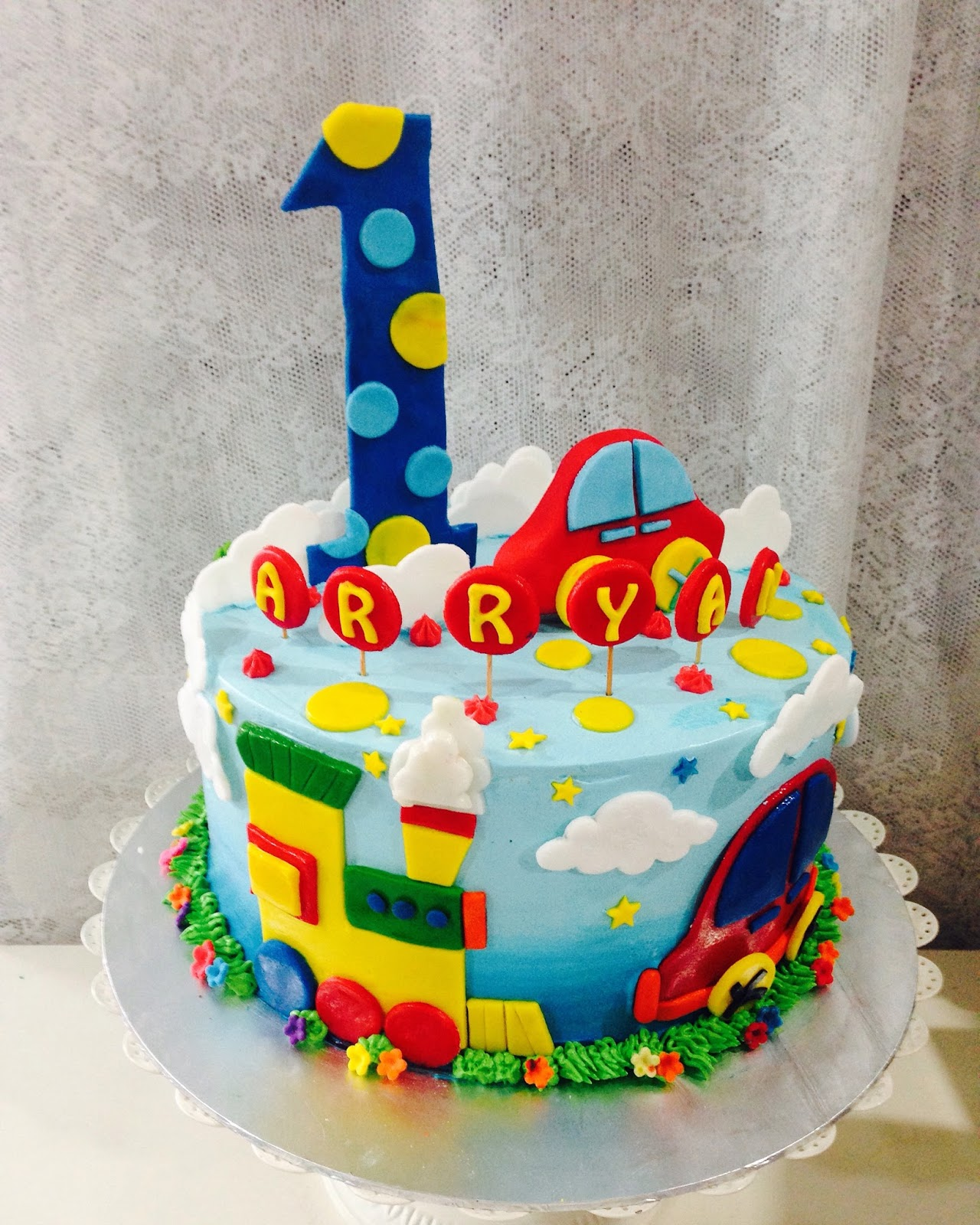 ninie cakes house: Simple Car Fondant Birthday Cake