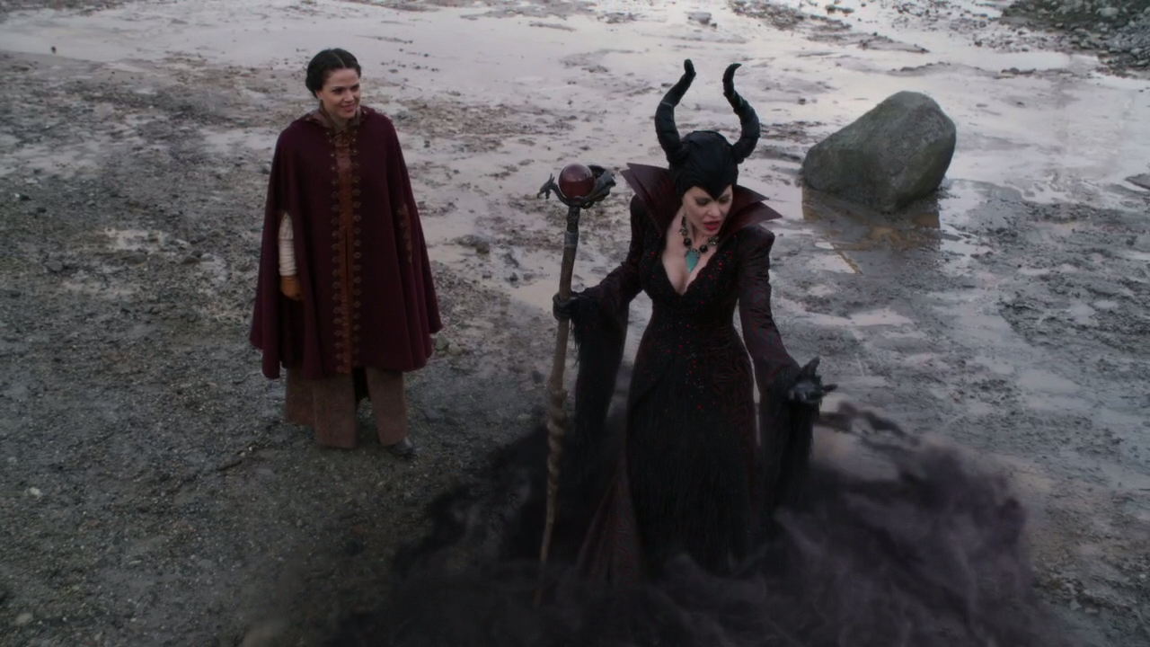 OUAT 4x14 Enter The Dragon Maleficent Regina