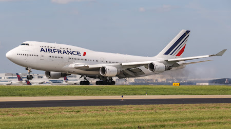 Air France Boeing 747 macbook desktop