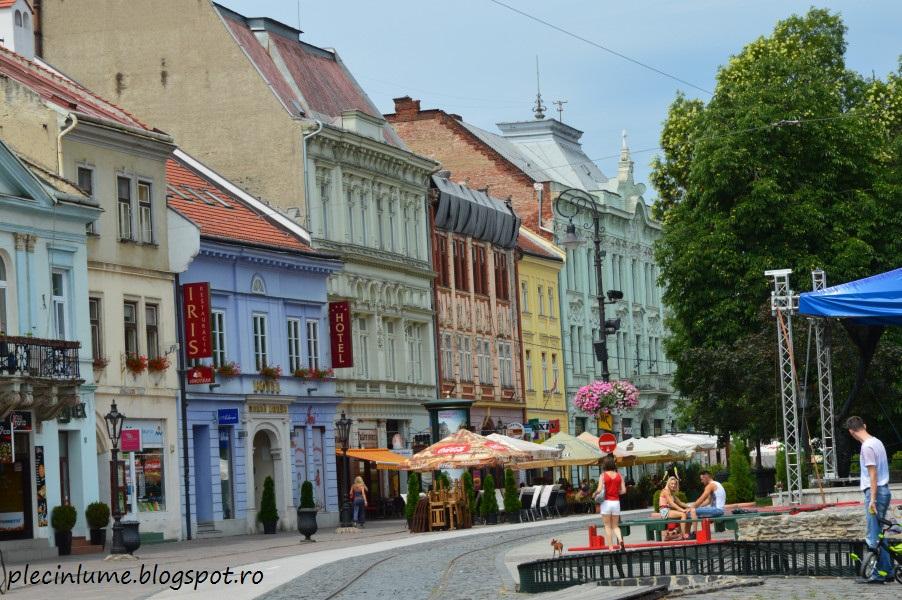 http://plecinlume.blogspot.de/2016/02/o-dupa-amiaza-in-orasul-kosice-slovacia.html