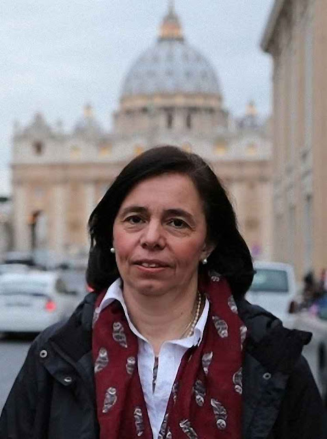 No Sínodo sobre a família 2015, a Dra. Anca-Maria Cernea apresentou posição admirável pela clareza que está faltando na 'Amoris Laetitiae'