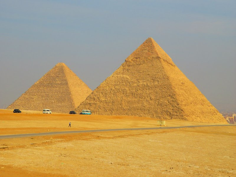 A complete guide to visiting the Pyramids of Giza and my tips to avoid the scams.