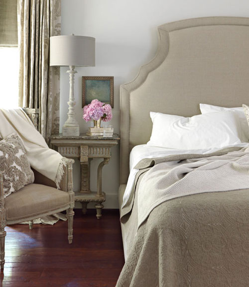 The Peak Of Très Chic Clean Serene Bedroom Retreats: Sadie + Stella: Design Crush: Tracery Interiors Romantic
