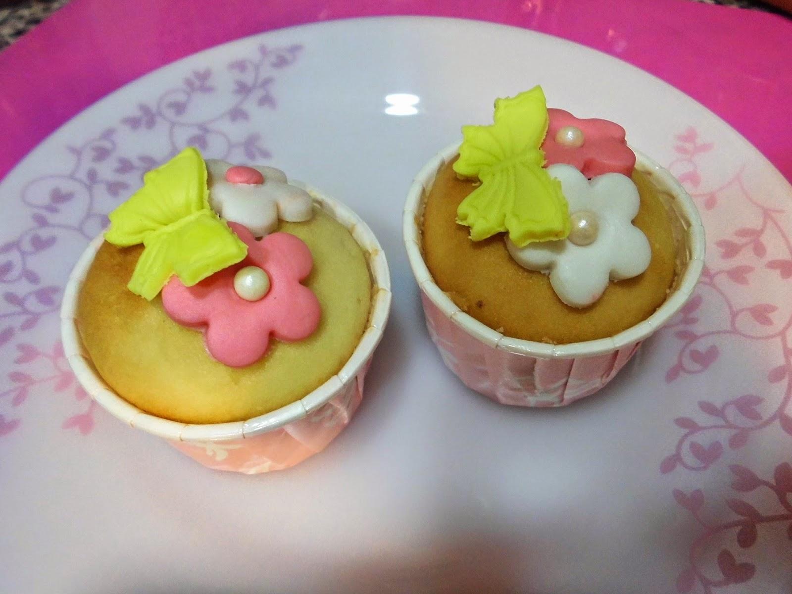 玲感蛋糕: 小鴨子/蝶戀花杯子蛋糕-食譜/造型