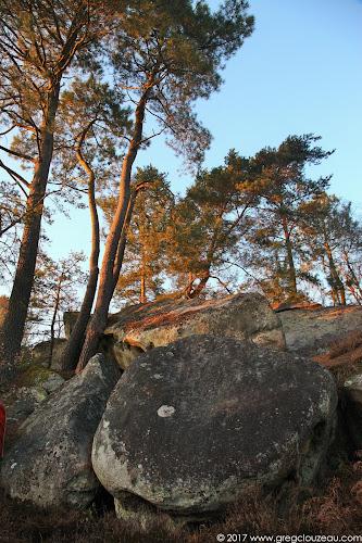 La bête des trois pins, Roche aux Sabots, Trois Pignons