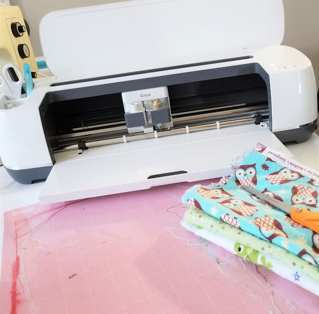 Cricut Maker and fabric mat