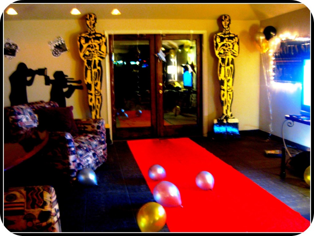 Hollywood party supplies ground reports hollywood party supplies solutioingenieria Image collections