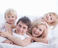 Hermanos, hermanas...: PUTA FAMILIA PERFECTA
