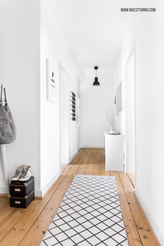 wei er flur ferm living wallsticker tray table von madeindesign nicest things food. Black Bedroom Furniture Sets. Home Design Ideas