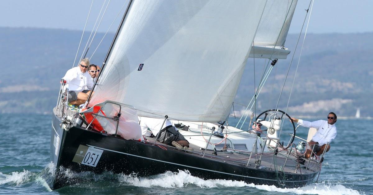 Lo yacht club portopiccolo sulla linea di partenza della barcolana 48