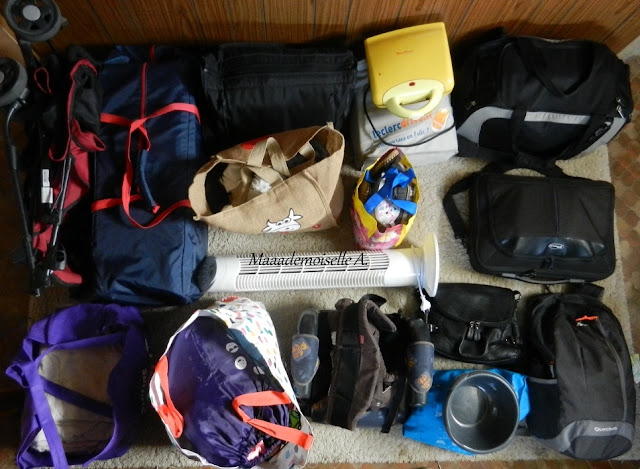 || Deux semaines de vacances, 2 adultes, 2 enfants, je mets quoi dans mes valises ?